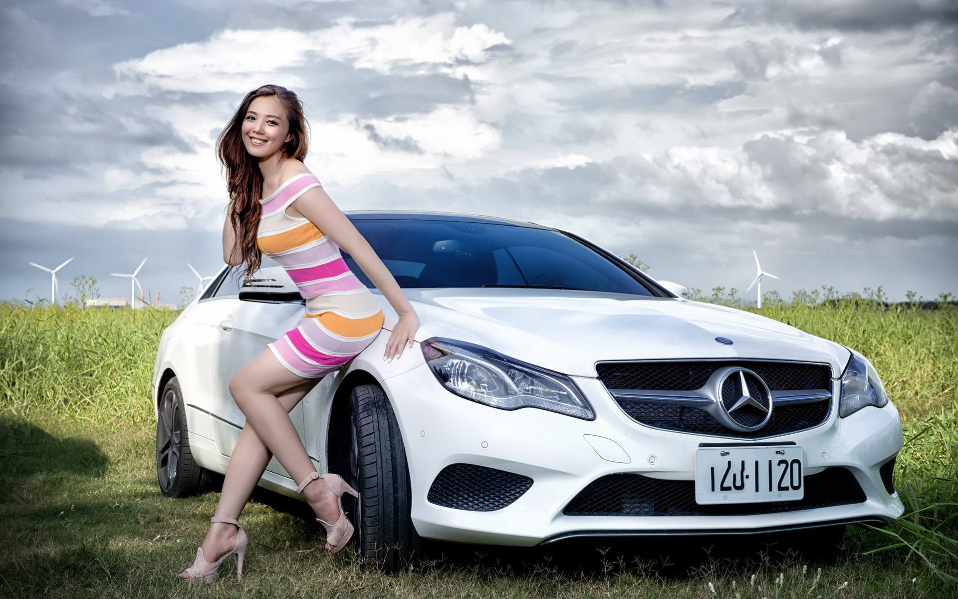 Naked car hot girls