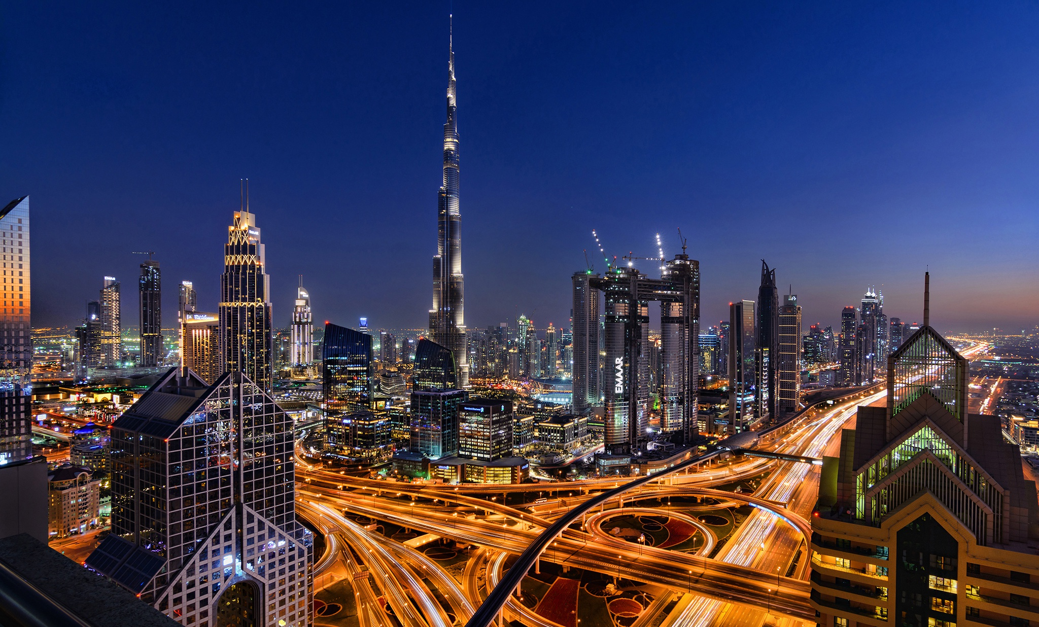 Download wallpaper road uae night lights dubai the for Home wallpaper uae