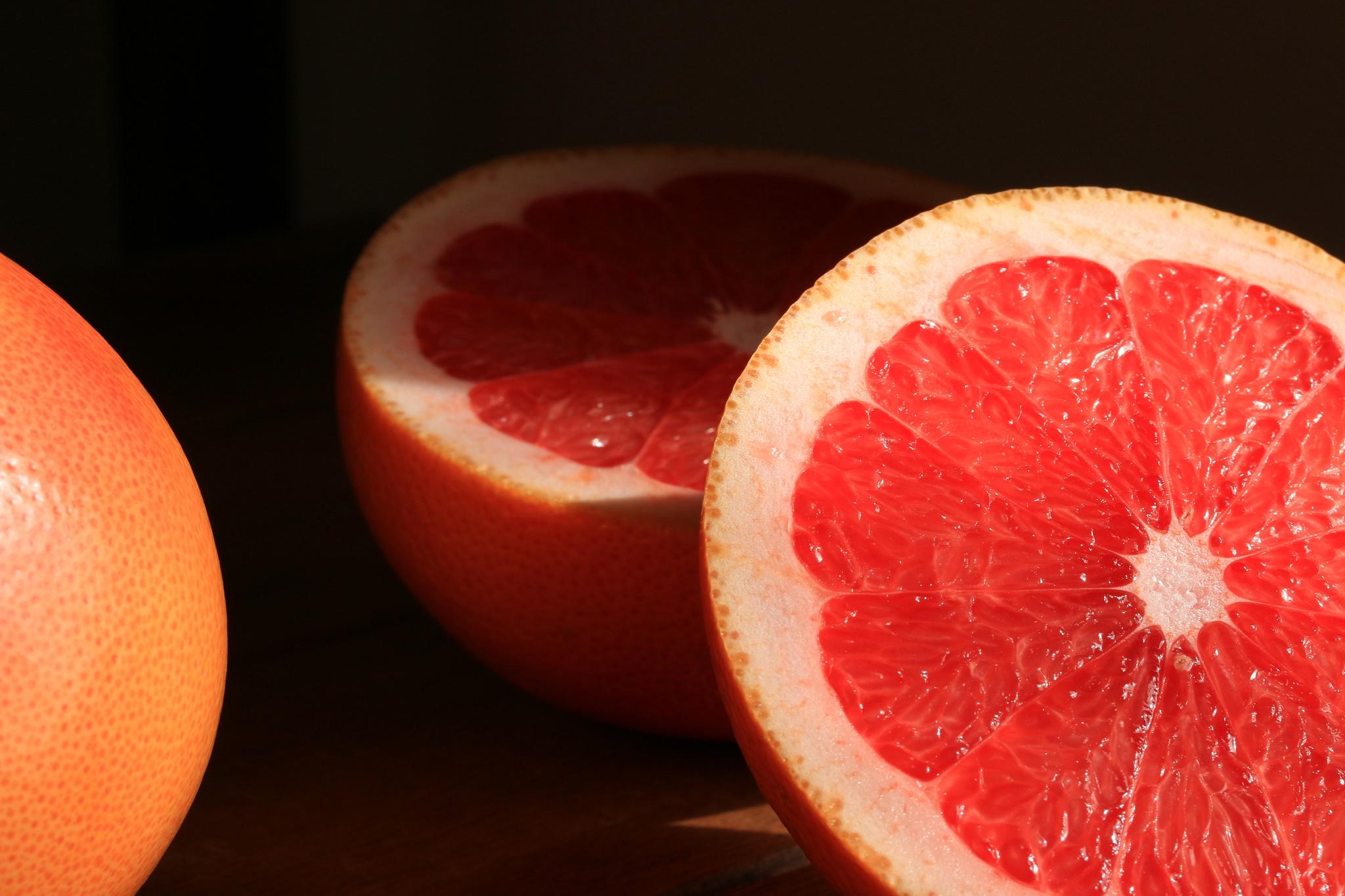 дольки грейпфрута  № 2133937  скачать