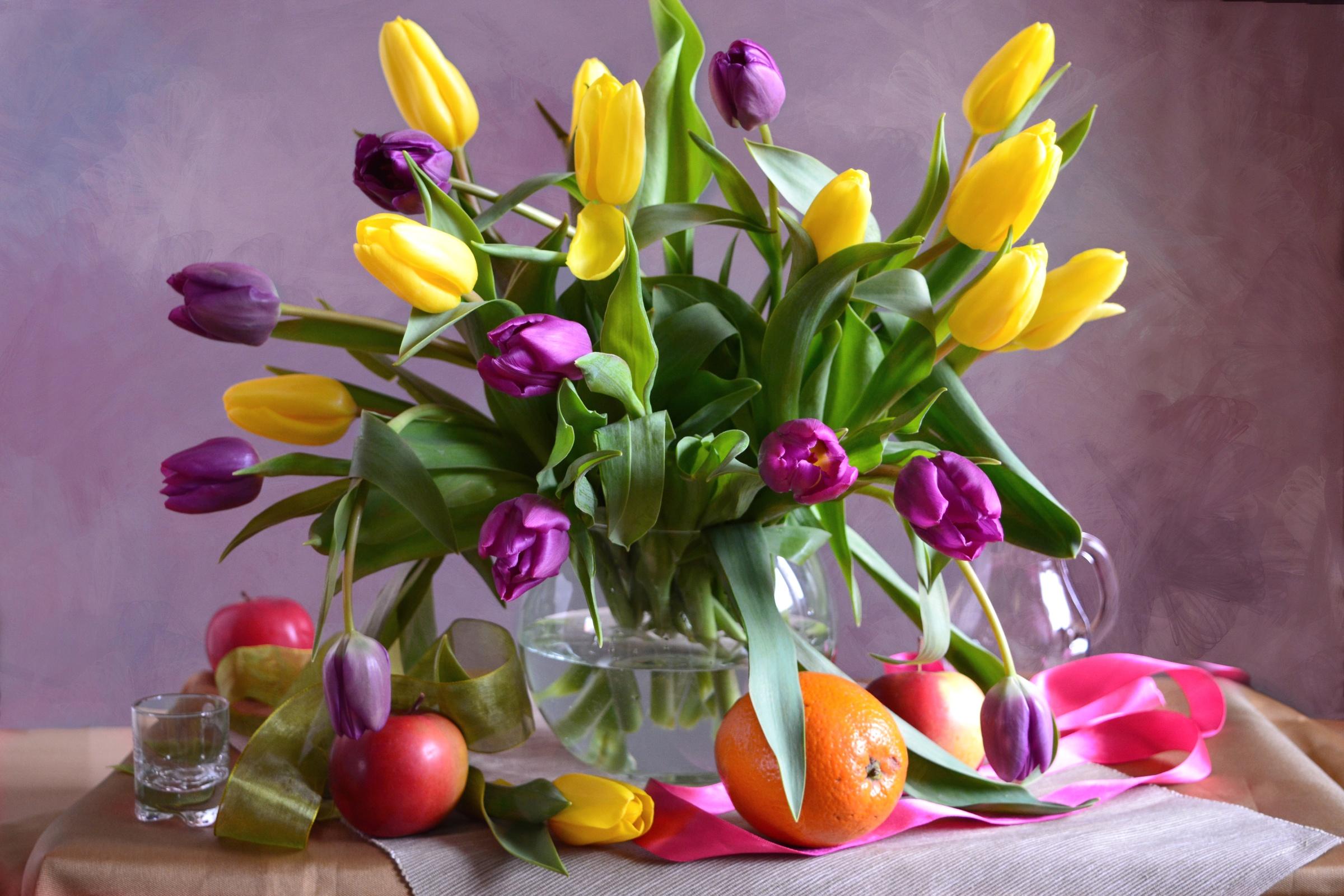 тюльпаны ваза море  № 1012768 загрузить