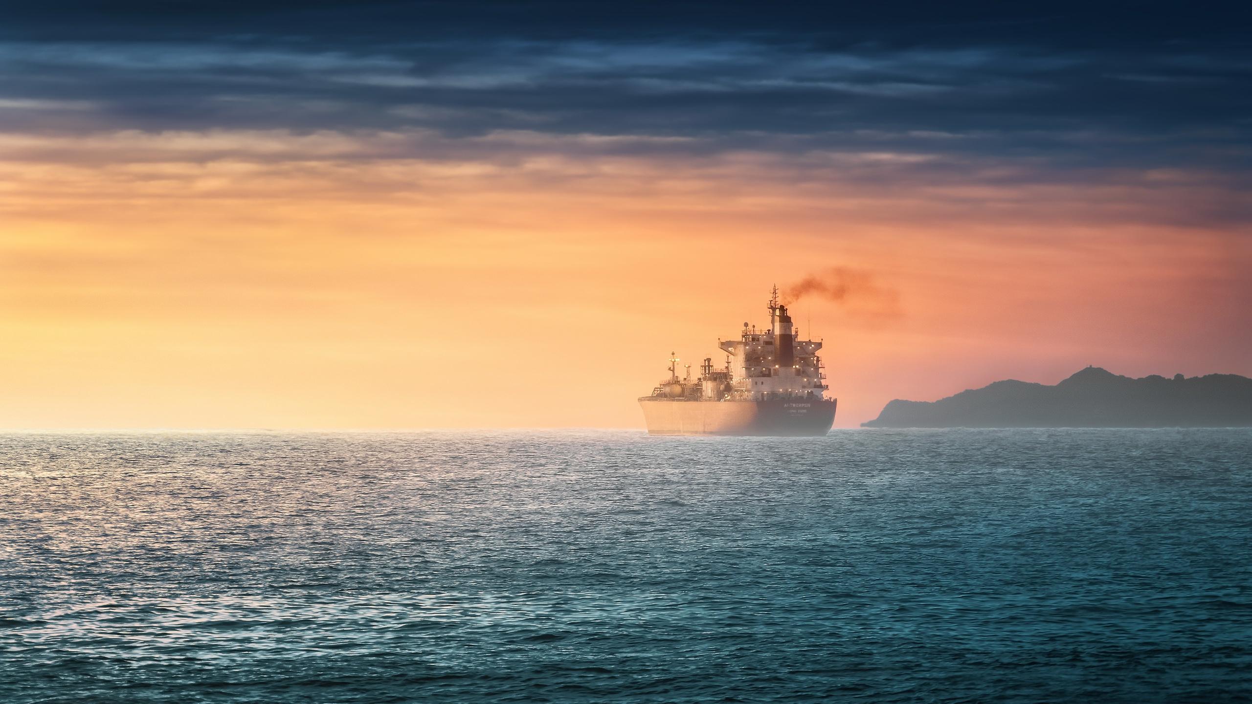 корабли на закате  № 3504087 бесплатно