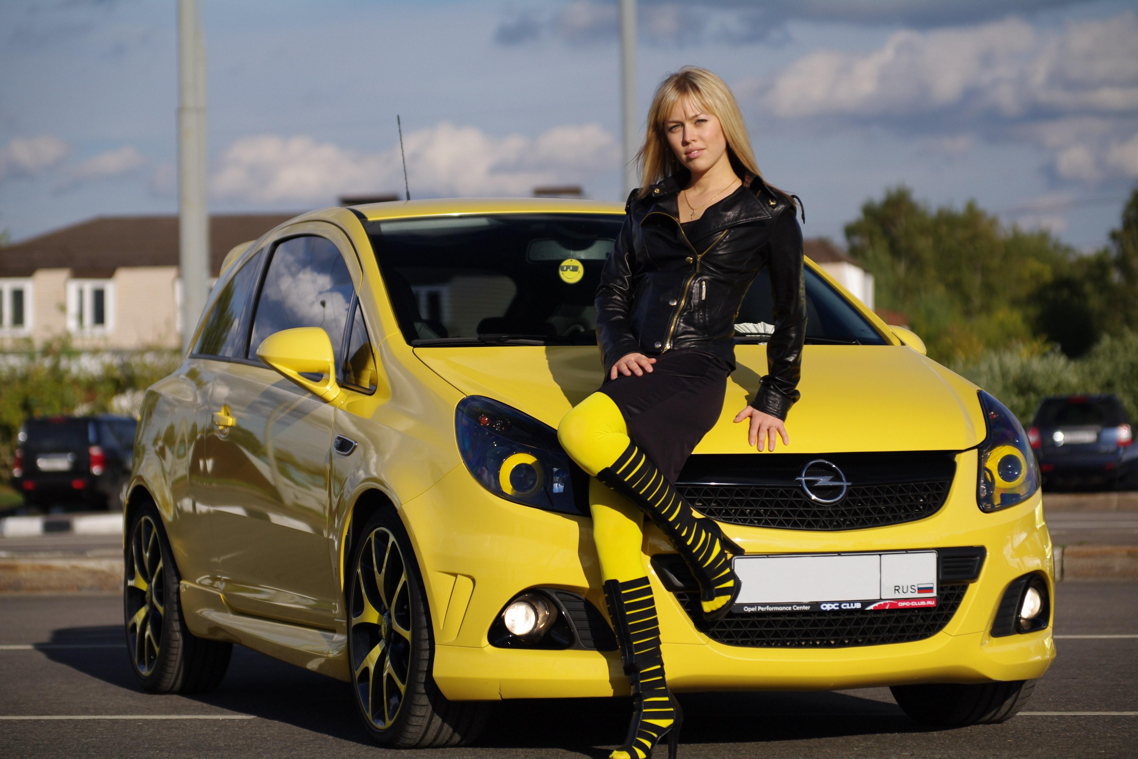 Маленькие женские машины и цены
