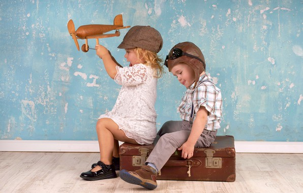 Picture children, the plane, toy, the game, boy, girl, helmet, cap, suitcase, girl, game, friends, toy, …