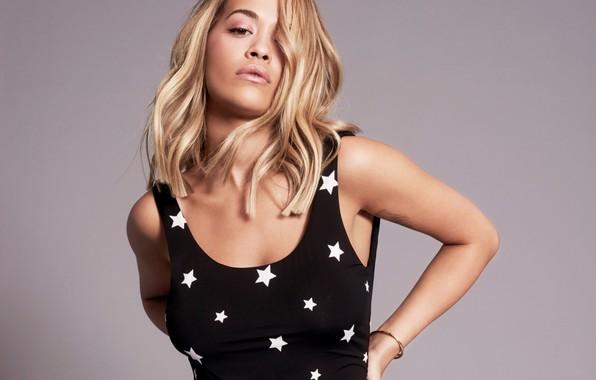 Picture look, singer, Rita Ora