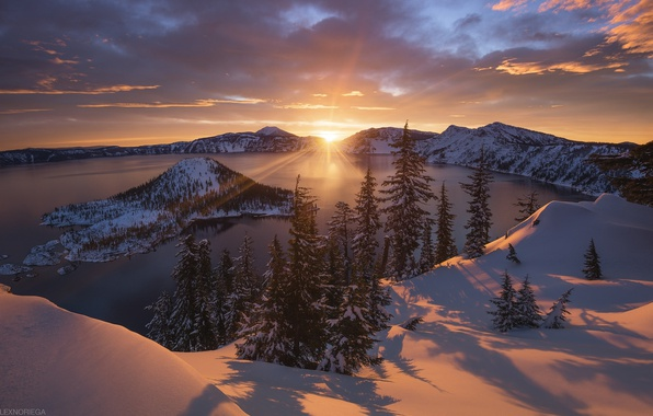 Picture winter, the sun, light, snow, mountains, lake, the volcano, USA