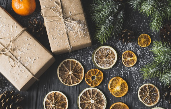 Picture new year, spruce, gifts, citrus, tangerines, dry orange