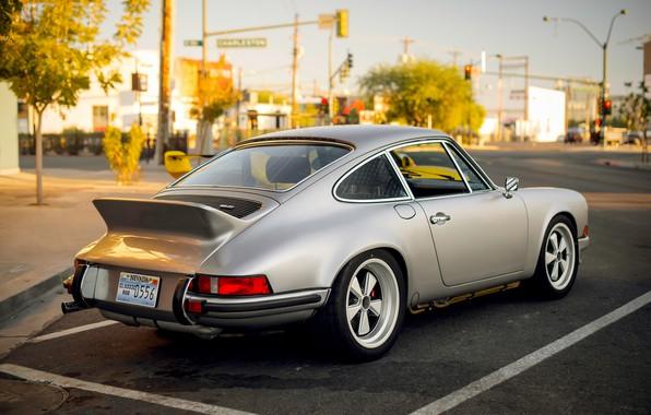 Picture the city, silver, Porsche 911