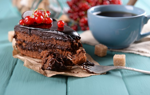 Picture berries, coffee, cake, cream, currants, chocolate