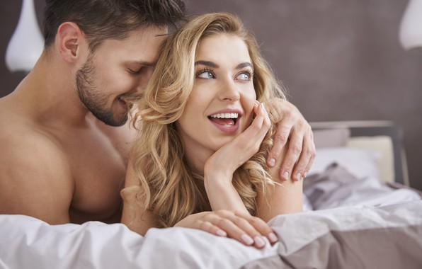 Picture smile, couple, bed