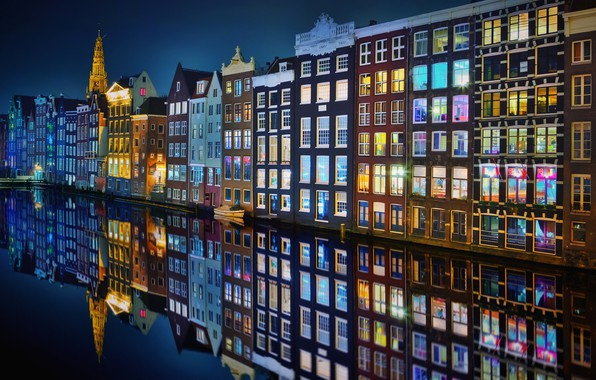Picture night, the city, lights, Amsterdam