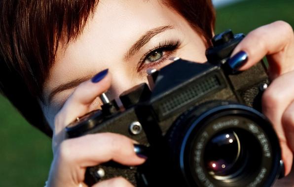 Picture look, blur, Zenit, the camera, lens, redhead, camera, photographs, camera, green eyes, hi-tech, Zenit, bokeh, …