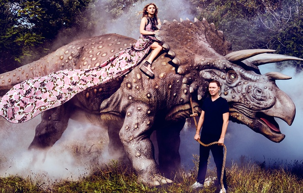 Photo wallpaper grass, trees, fog, dinosaur, actress, male, brown hair, rider, photoshoot, rope, Chloe Grace Moretz, Chloe ...