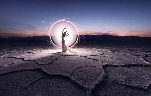 Picture girl, light, round
