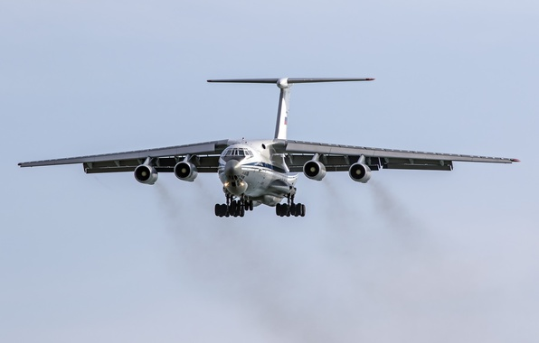 Picture the plane, military transport, heavy, IL-76MD