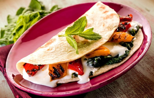 Picture plate, pepper, vegetables, filling, pita