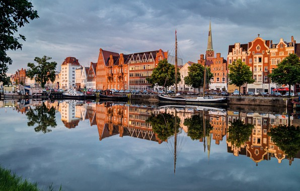 Wallpaper the sky reflection blue germany mirror for Mobel lubeck