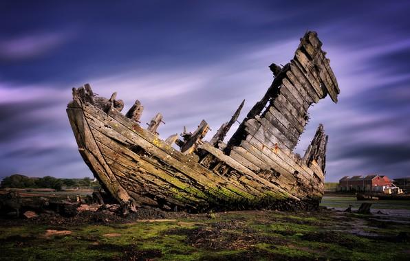 Picture boat, England, the crash, the skeleton, Gosport
