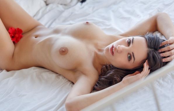 pozhilih-volosatih-prekrasnie-golie-milashki-kakom-bele