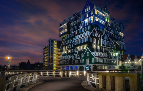 Picture lights, the evening, the hotel, Netherlands, Holland, Zaandam, Zaandam