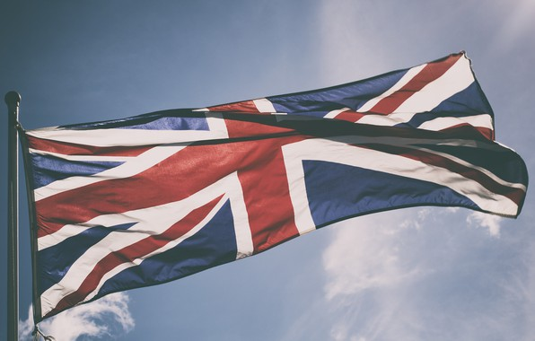 Picture the sky, flag, england