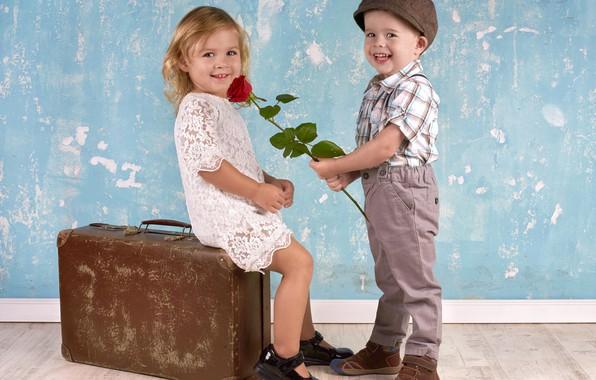 Picture boy, girl, suitcase, girl, sitting, smile, boy, children, kids, gives rose