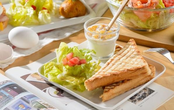 Picture eggs, sandwich, salad, toast