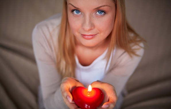 Picture look, face, romance, candle, hands, heart, candles, Valentines Day, Valentine's day, glance