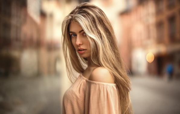 Picture look, city, glare, sweetheart, model, portrait, colors, dress, blonde, light, beautiful, the beauty, shoulders, neckline, …