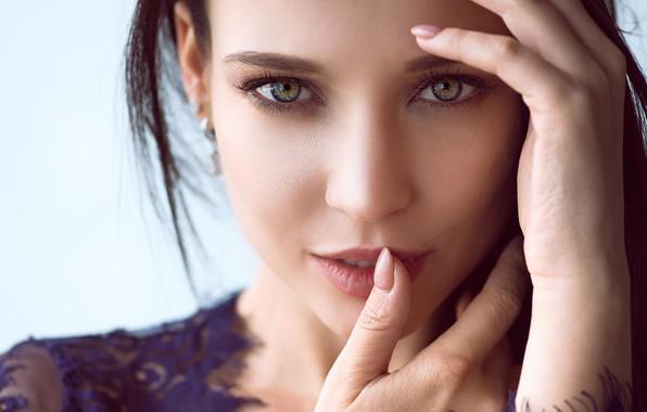 Picture look, close-up, face, background, model, portrait, hands, makeup, brunette, beauty, bokeh, Angelina Petrova, Angelina Petrova
