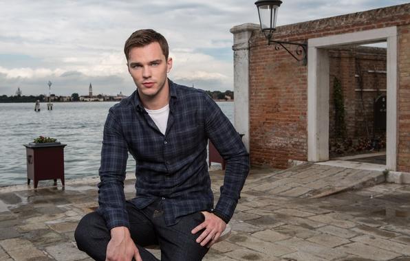 Picture pose, river, jeans, Venice, actor, shirt, photoshoot, Nicholas Hoult, Nicholas Hoult, Equals, Fabrizio Maltese
