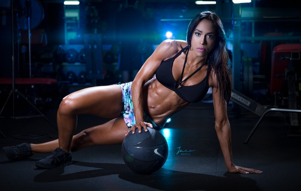 Picture brunette, pose, workout, fitness, bodybuilder