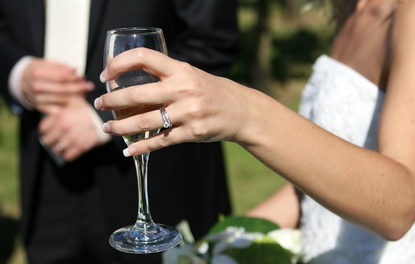 Picture glass, love, photo, mood, ring, diamond, hand, bride, happiness, champagne, Wedding, feeling, groom, flute, depth …