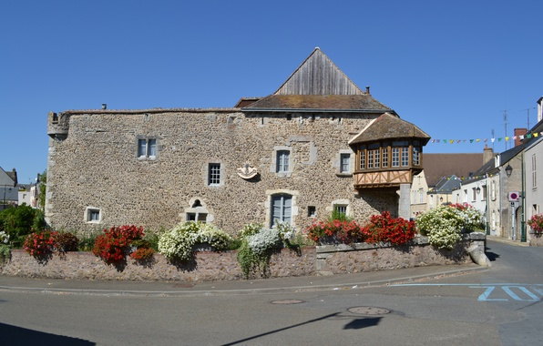 Picture road, flowers, France, building, The city, Street, France, Street, Town, Old city