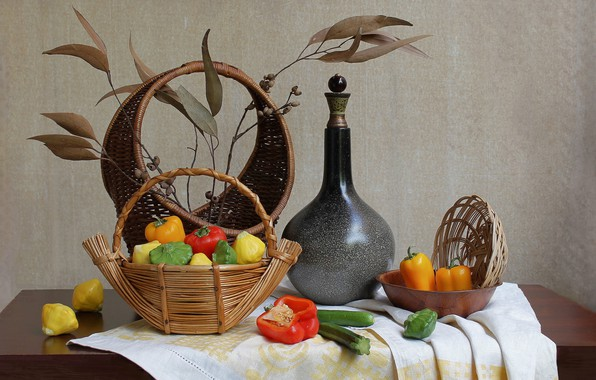 Picture basket, pepper, still life, decanter