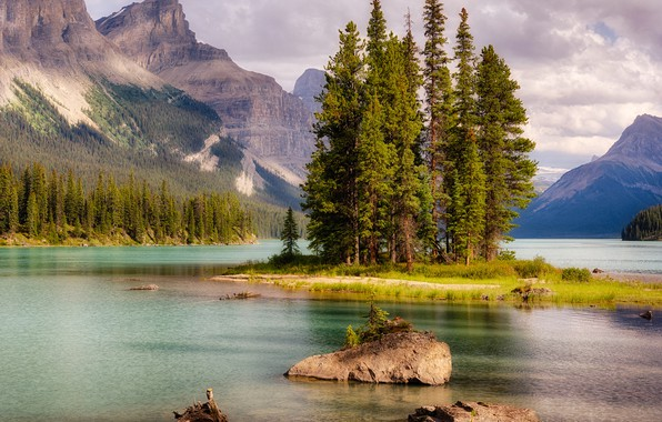 Picture forest, clouds, trees, mountains, lake, stones, rocks, Canada, Jasper