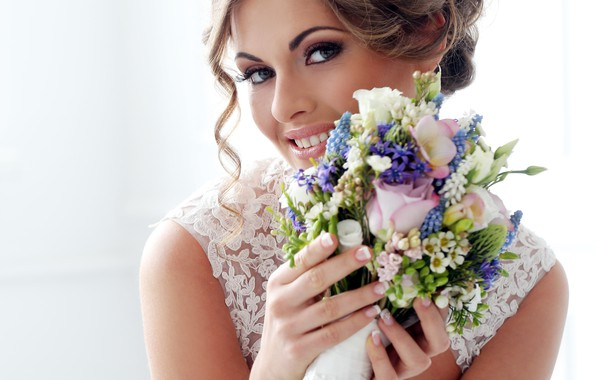 Picture girl, smile, bouquet, makeup, hairstyle, the bride