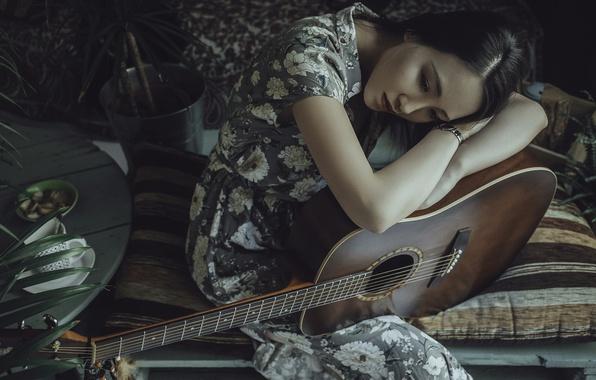 Picture girl, guitar, brunette, Asian
