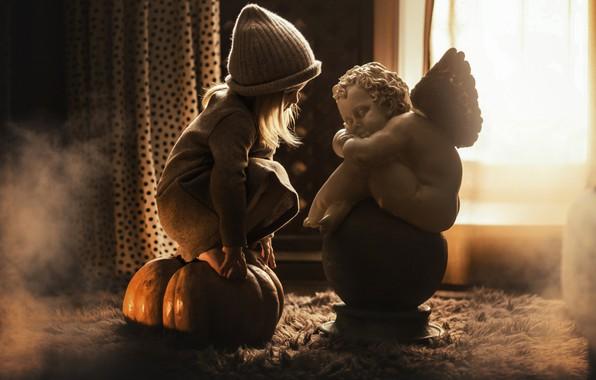 Picture hat, angel, girl, pumpkin, sculpture