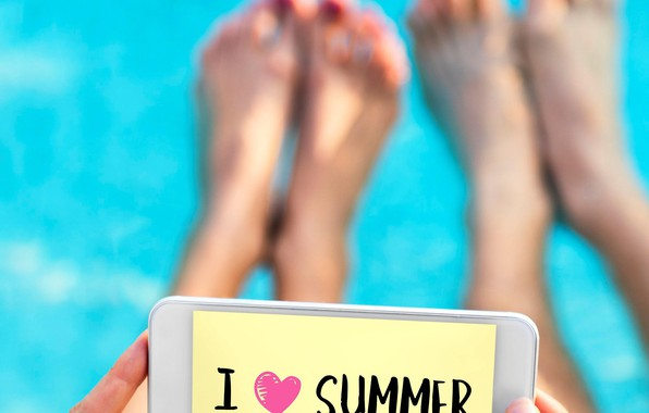 Picture summer, the inscription, feet, hands, phone