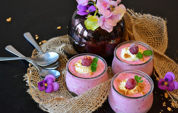 Picture flowers, raspberry, cream, cocktail, spoon