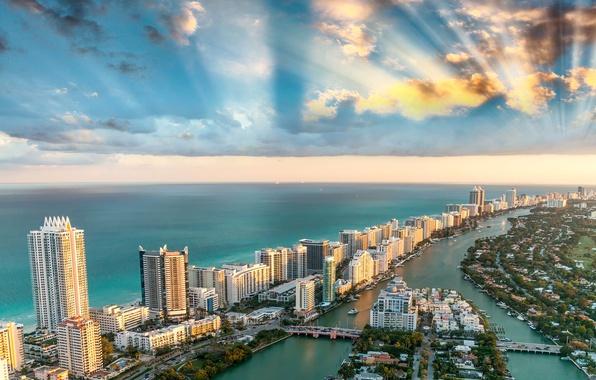 Picture sea, the sky, clouds, coast, home, Miami, FL, horizon, panorama, USA, the rays of the …