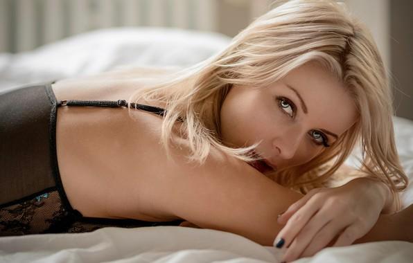Picture look, model, makeup, hairstyle, blonde, bed, lies, beauty, on the bed, bokeh, Ekaterina Enokaeva, Chris …