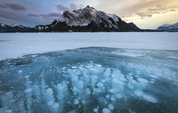 Picture mountain, ice, Alberta, Canada, Cline River
