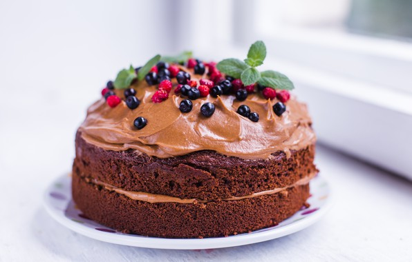 Picture berries, blueberries, strawberries, cake, decoration, cream, dessert, chocolate