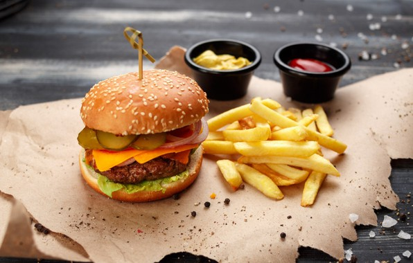 Picture hamburger, French fries, sauces