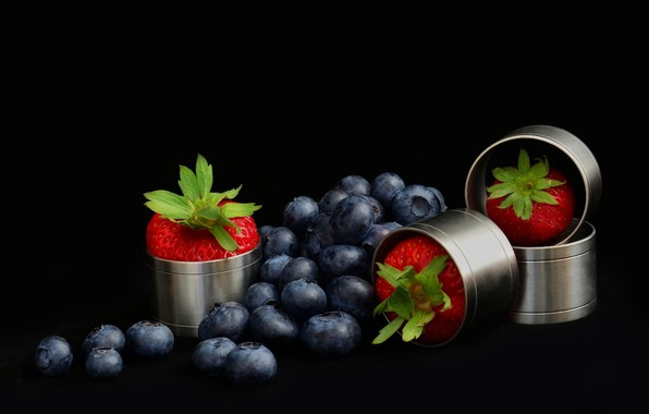 Picture berries, strawberry, blueberries