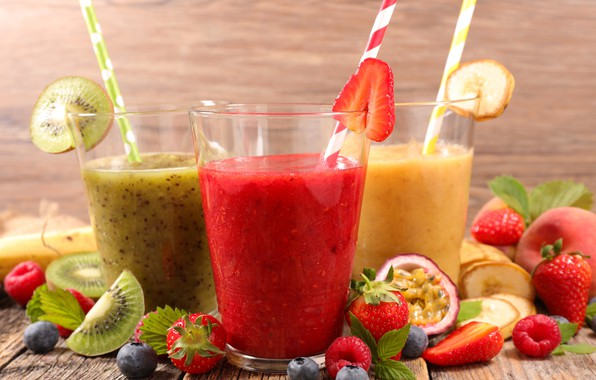 Picture berries, kiwi, blueberries, strawberry, fruit, banana, drinks, fresh, juices