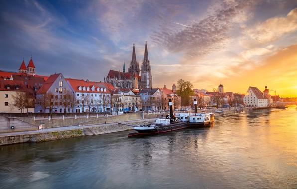 Picture the sky, sunset, river, building, home, Germany, Bayern, steamer, Cathedral, promenade, Germany, Bavaria, Regensburg, Regensburg, …