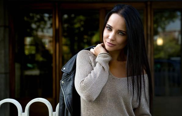 Picture girl, green eyes, long hair, photo, photographer, model, beauty, lips, face, brunette, black hair, portrait, ...