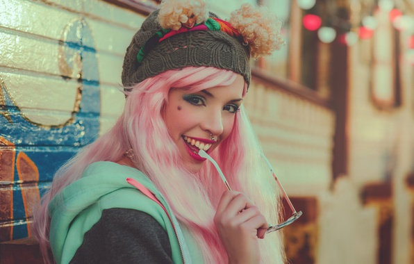 Picture look, girl, face, smile, style, mood, hat, makeup, piercing, glasses, pink hair, Carla Uyn
